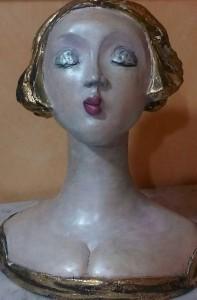 A ceramic bust made by Italian artist Rossana Petrillo. Photo by Rossana Petrillo