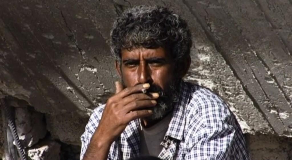Fermo immagine del video su un palestinese di Gaza girato da Simone Camilli