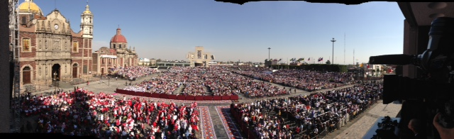 Panorama shot of 36,000 people outside the Basilica of Our Lady of Gaudalupe waiting for Pope Francis. Photo by Trisha Thomas, February 13, 2016