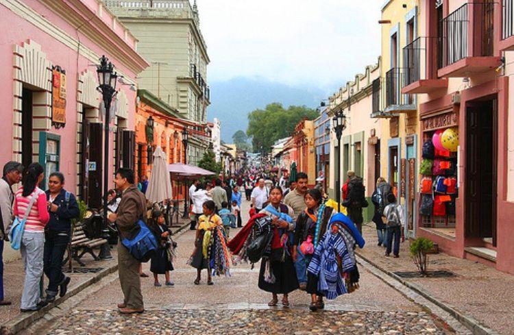 Street in in San Cristobal de Las Casas in Chiapas region of Mexico. Credit: www.explorandomexico.com